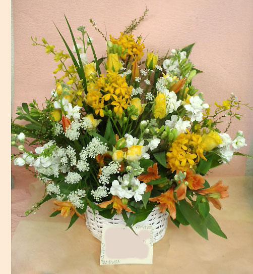 花ギフト|フラワーギフト|誕生日 花|カノシェ話題|スタンド花|ウエディングブーケ|花束|花屋|黄色kayoko