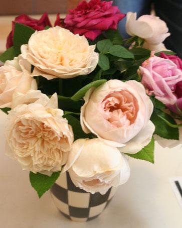 花ギフト|フラワーギフト|誕生日 花|カノシェ話題|スタンド花|ウエディングブーケ|花束|花屋|イングリッシュローズ