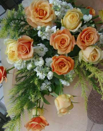花ギフト フラワーギフト 誕生日 花 カノシェ話題 スタンド花 ウエディングブーケ 花束 花屋 アップル