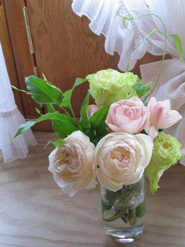 花ギフト|フラワーギフト|誕生日 花|カノシェ話題|スタンド花|ウエディングブーケ|花束|花屋|aya