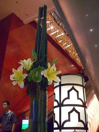 花ギフト|フラワーギフト|誕生日 花|カノシェ話題|スタンド花|ウエディングブーケ|花束|花屋|ゆり