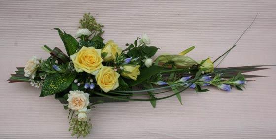 花ギフト フラワーギフト 誕生日 花 カノシェ話題 スタンド花 ウエディングブーケ 花束 花屋 yunosan-kiiro