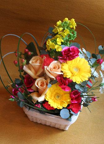 花ギフト|フラワーギフト|誕生日 花|カノシェ話題|スタンド花|ウエディングブーケ|花束|花屋|かおるキイロ