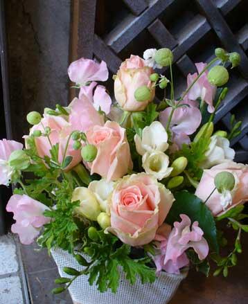 花ギフト|フラワーギフト|誕生日 花|カノシェ話題|スタンド花|ウエディングブーケ|花束|花屋|ロマン