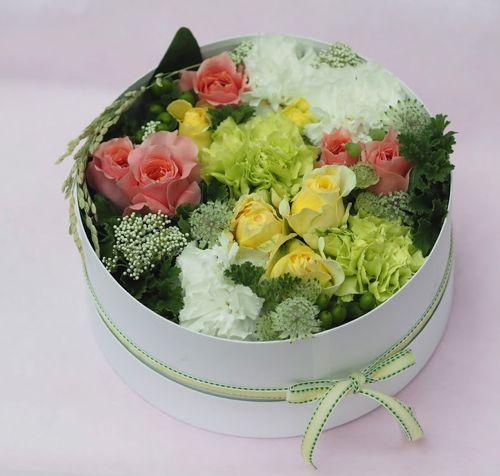 花ギフト|フラワーギフト|誕生日 花|カノシェ話題|スタンド花|ウエディングブーケ|花束|花屋|P4222507