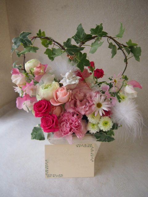 花ギフト|フラワーギフト|誕生日 花|カノシェ話題|スタンド花|ウエディングブーケ|花束|花屋|53130