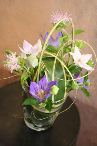 花ギフト|フラワーギフト|誕生日 花|カノシェ話題|スタンド花|ウエディングブーケ|花束|花屋|ゆかこさん桔梗