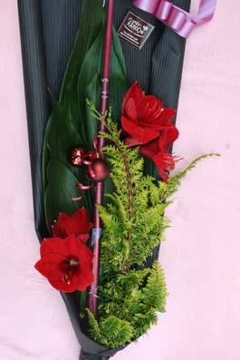 花ギフト|フラワーギフト|誕生日 花|カノシェ話題|スタンド花|ウエディングブーケ|花束|花屋|2011xmas_b_01