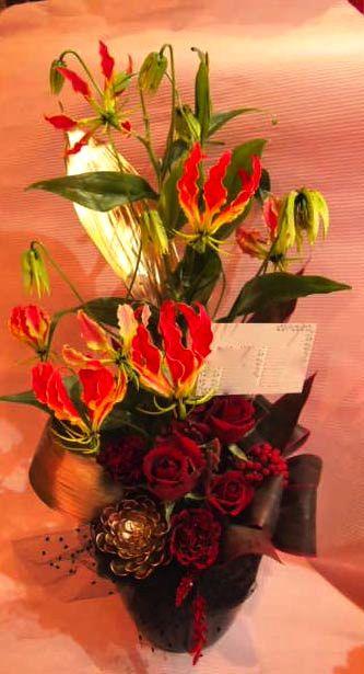 花ギフト|フラワーギフト|誕生日 花|カノシェ話題|スタンド花|ウエディングブーケ|花束|花屋|00037245