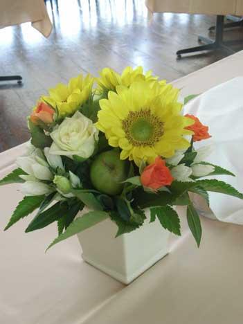 花ギフト|フラワーギフト|誕生日 花|カノシェ話題|スタンド花|ウエディングブーケ|花束|花屋|himawarihitotu