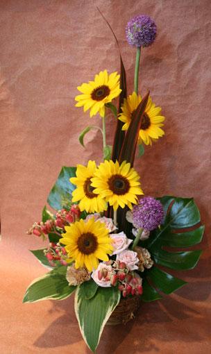 花ギフト|フラワーギフト|誕生日 花|カノシェ話題|スタンド花|ウエディングブーケ|花束|花屋|ひまわり