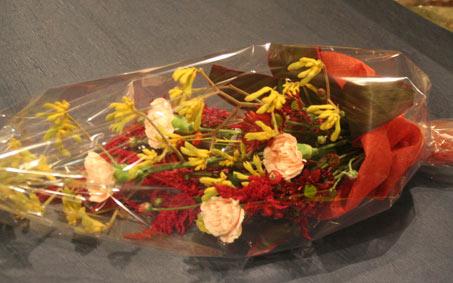 花ギフト|フラワーギフト|誕生日 花|カノシェ話題|スタンド花|ウエディングブーケ|花束|花屋|ひとみさんラスト