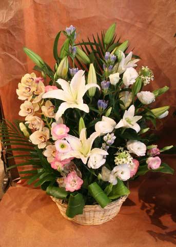 花ギフト|フラワーギフト|誕生日 花|カノシェ話題|スタンド花|ウエディングブーケ|花束|花屋|おくやみゆり