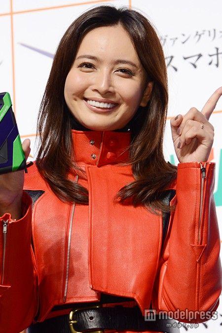 加藤夏希(30歳・人妻)最新画像