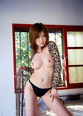 com_o_p_p_oppainorakuen_20110826_004
