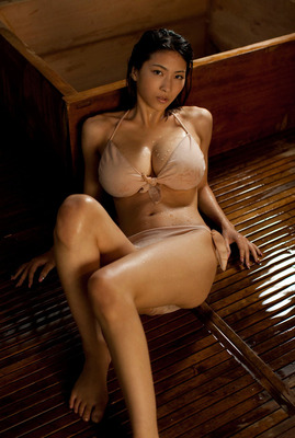 jp_adultpress-gazo_imgs_0_7_07395dca