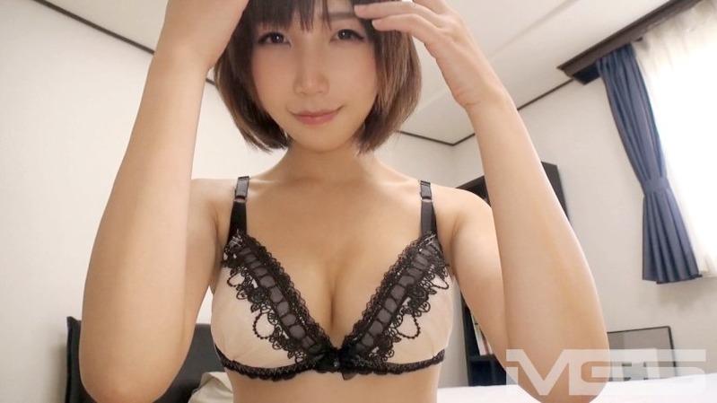 雪子 23歳 球場ビールの売り子 - 胸もお尻もぼんぼんっ!可愛い!!スタイルも最高のシロウト...