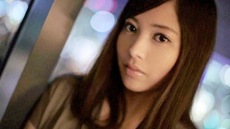 秋葉莉緒 28歳 法律事務所 - 透明感のある肌に、潤った大きな瞳がお美しいラグジュお姉さま【...