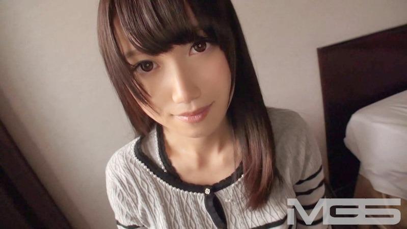 美咲 20歳 受付嬢 - ホストクラブで遊びすぎて金欠!エッチなバイトに参加した巨乳美人のシロ...