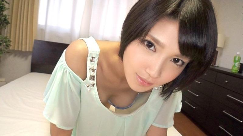 優花 19歳 大学生 - 『ち◯こでイキたいっの!』とうるうるの瞳でお願いしてくる激カワのシロ...