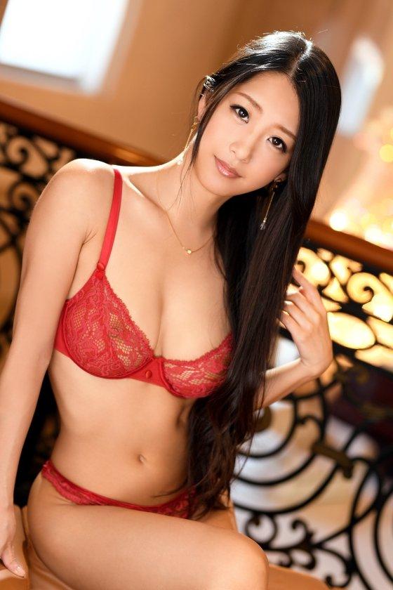 三浦愛美 29歳 舞台女優 - 舞台女優が劇団の維持のためにAVに応募しました。【ラグジュTV 961 - 259LUXU-975】