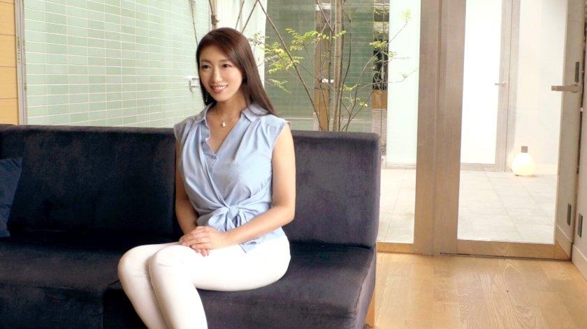 登内静香 35歳 経営コンサルタント - 元レースクイーン!極上の美貌を持つオトナの魅力に満ち溢れたシロウトお姉さま【ラグジュTV 962 - 259LUXU-978】