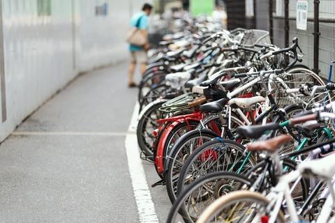PAK57_jitensyaokarerusibuya500