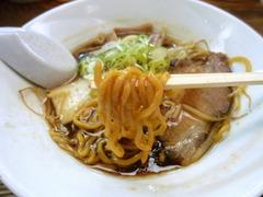 すみれ(札幌本店)_正油ハーフ(麺)_201608