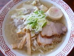 おお田_白たまり醤油ラーメン+ワンタン(具)_201701