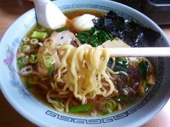 竹のこ食堂_醤油ラーメン(麺)_201607