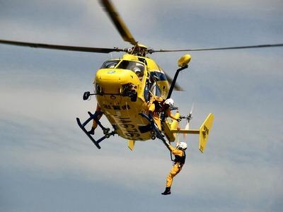 ヘリコプター降下訓練