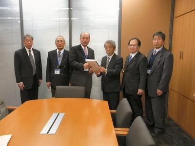 上野事務所
