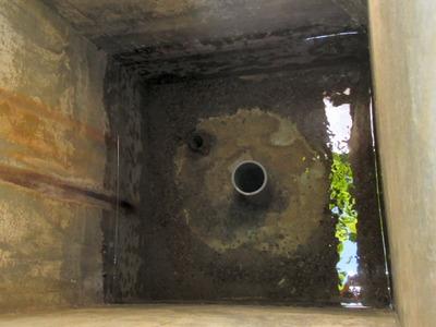 坂田小学校の井戸