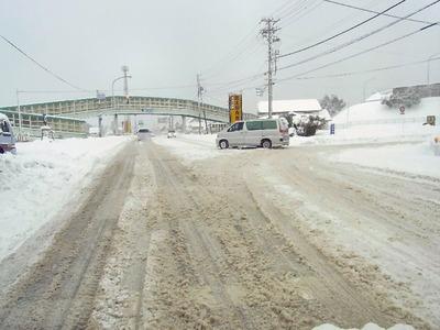 雪の国道21号