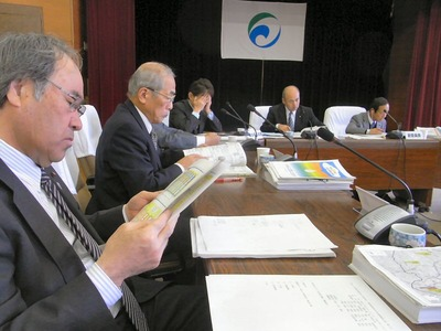 予算特別委員会