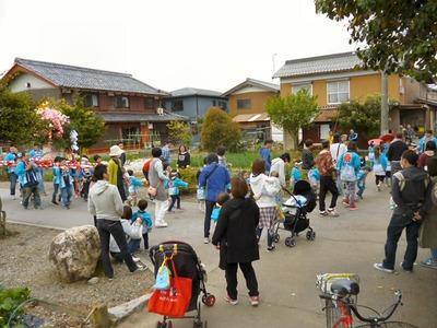 蛭子神社前の子ども神輿