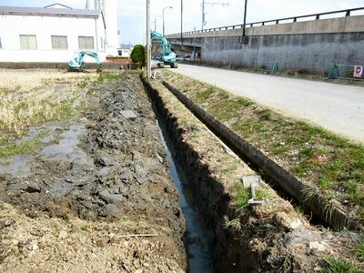 用水路下の湧水対策