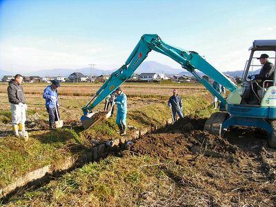 排水路法面補修1