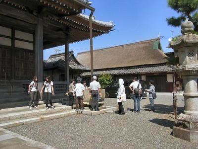 浄念寺の葦ぶきの庫裏