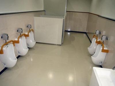 年長さん用男子トイレ