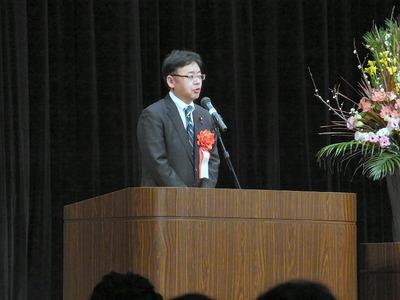 成人式の上野副大臣