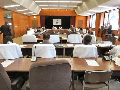予算常任委員会