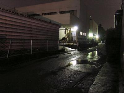 坂田小学校(夜)