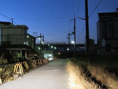 坂田駅前の防犯灯
