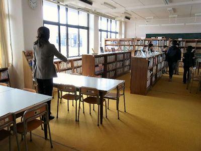 学校の図書室