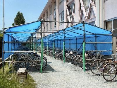 仮設自転車置き場