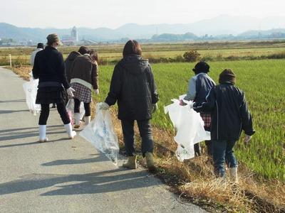 女性の会農道清掃