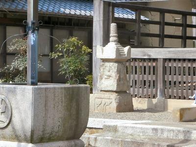 浄念寺の本堂南