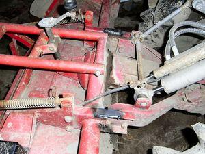 トラクタの修理