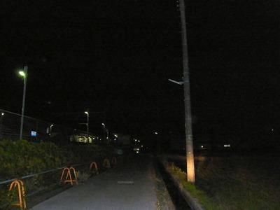 街路灯坂田駅前